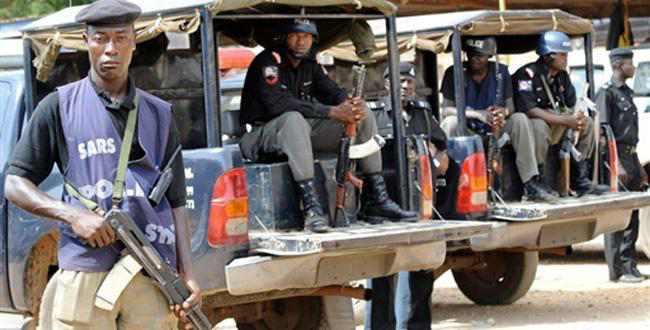 Assaults young men, Police arrest officers in Ilorin - Connectley News