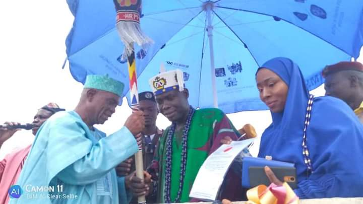 Onisanbo of Ogbooro land, Makinde presents staff of office to Oba Adegboye - Connectley News