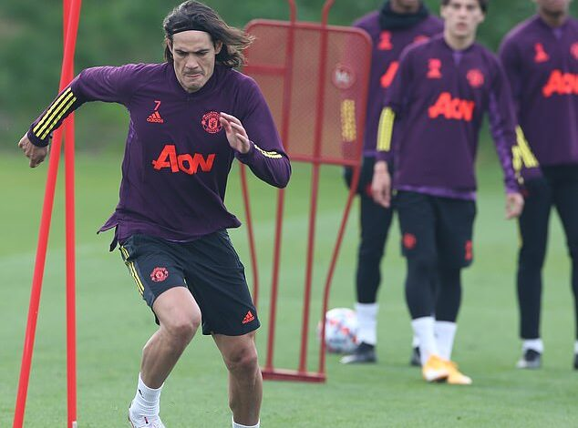 Man United exclude Maguire and Cavani for PSG clash - Connectley News